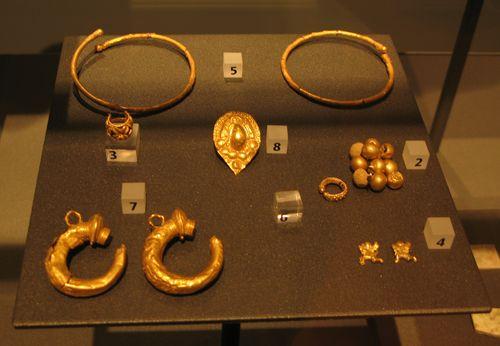 2007_10_24 Chiusi Museum_jewelry