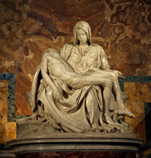 Michelangelo's_Pieta_