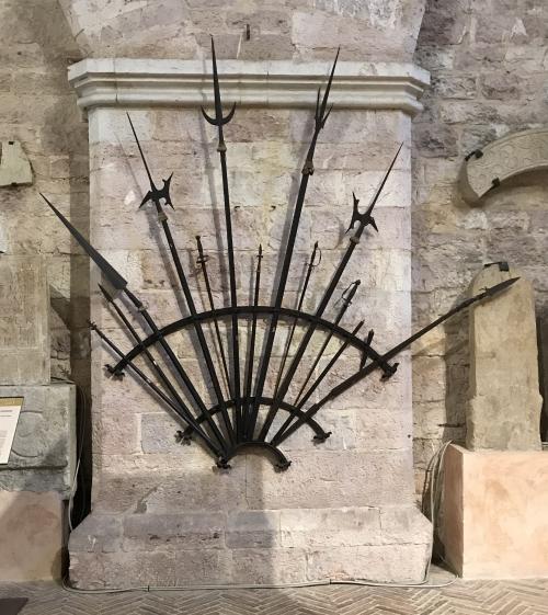 IMG_5004 medieval swords gubbio